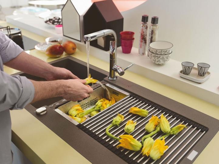 Zehn Kitchen Sink